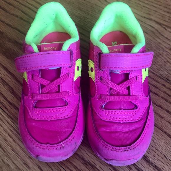 Toddler Size 7 Hot Pink Gym Shoe
